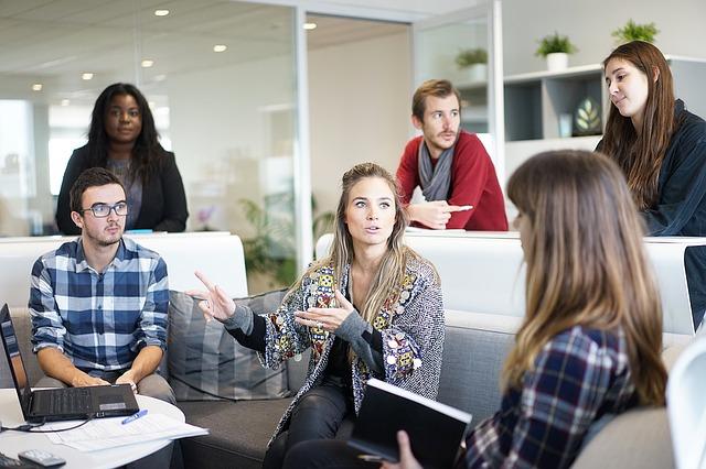 社員から会議で意見が出ないときどうすればいいか?