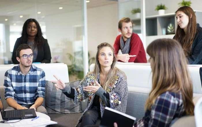 精神年齢の低い人をどのように教育したら企業問題を解決できるのか