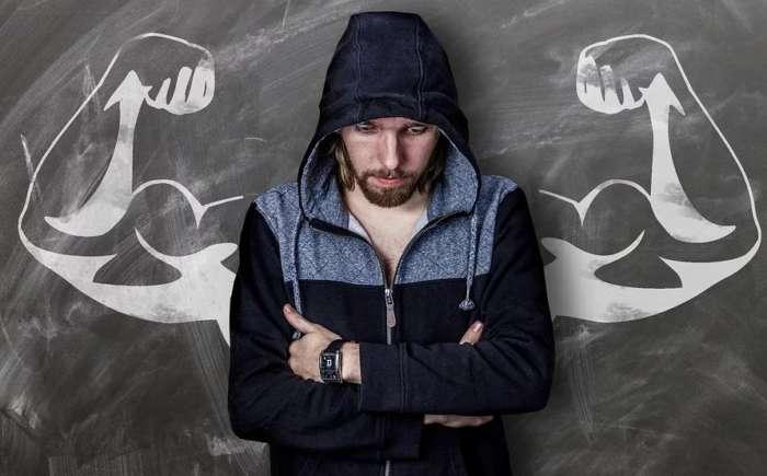 攻撃的な人は強いように見えるが、実は打たれ弱い
